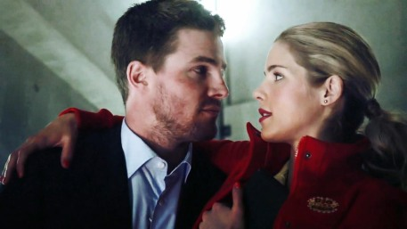 Oliver-and-Felicity-oliver-and-felicity-37787421-1280-720 (1)