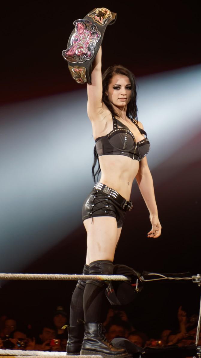Paige_WWE_Divas_Champion