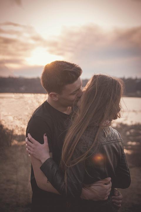 couple-1198291_960_720